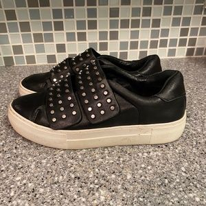 J/Slides NYC black studded accent sneakers 6.5